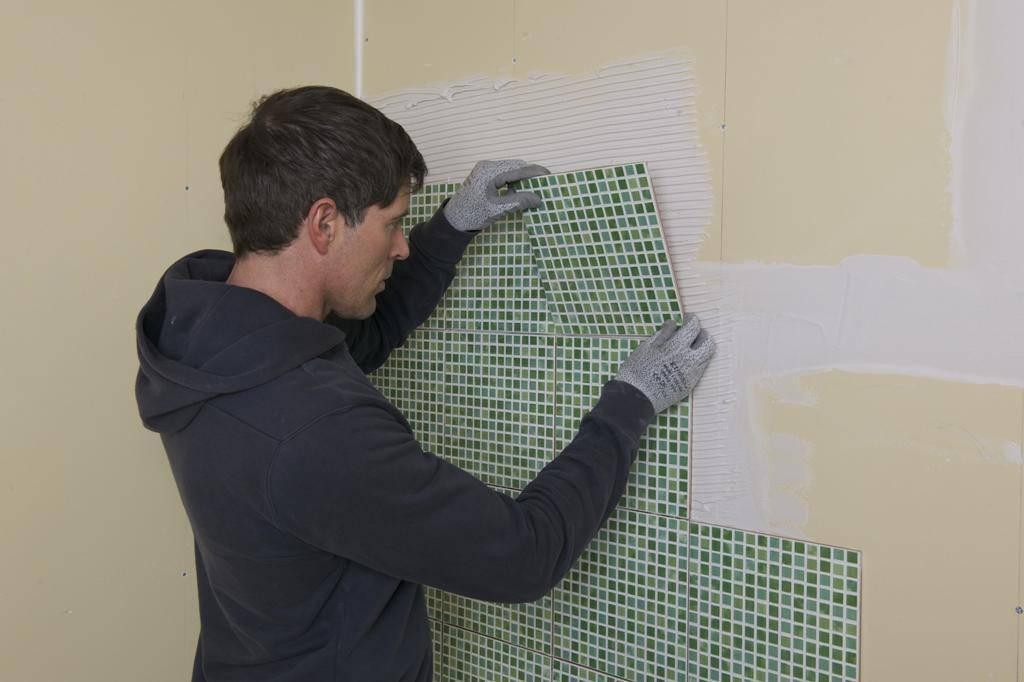Укладка плитки на гипсокартон в ванной: пошаговая инструкция